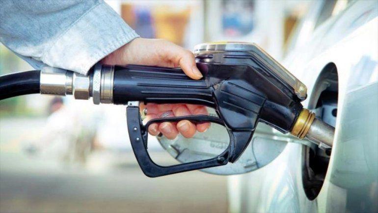 Julio arrancó con un aumento en las naftas más alto del previsto