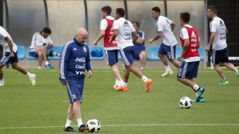 La Selección argentina volvió a entrenarse y Jorge Sampaoli empieza a delinear el equipo titular
