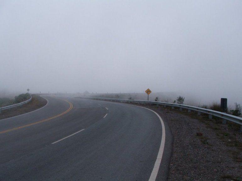 ¡Atención jujeños! Transitar con precaución por lluvias y neblinas en rutas