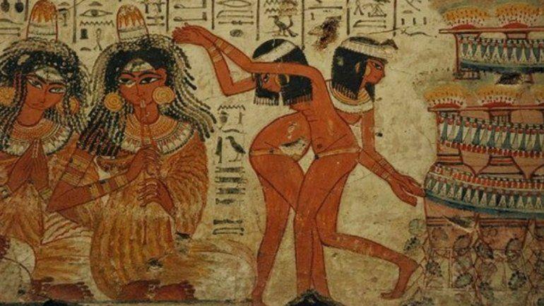 El incesto era una costumbre permitida entre los monarcas y los embalsamadores practicaban necrofilia.