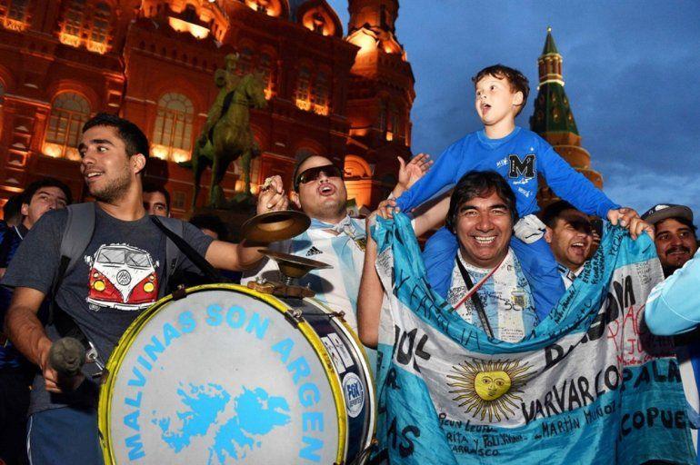 Banderazo Mundialista: Los argentinos copan Moscú. Mirá los mejores videos.