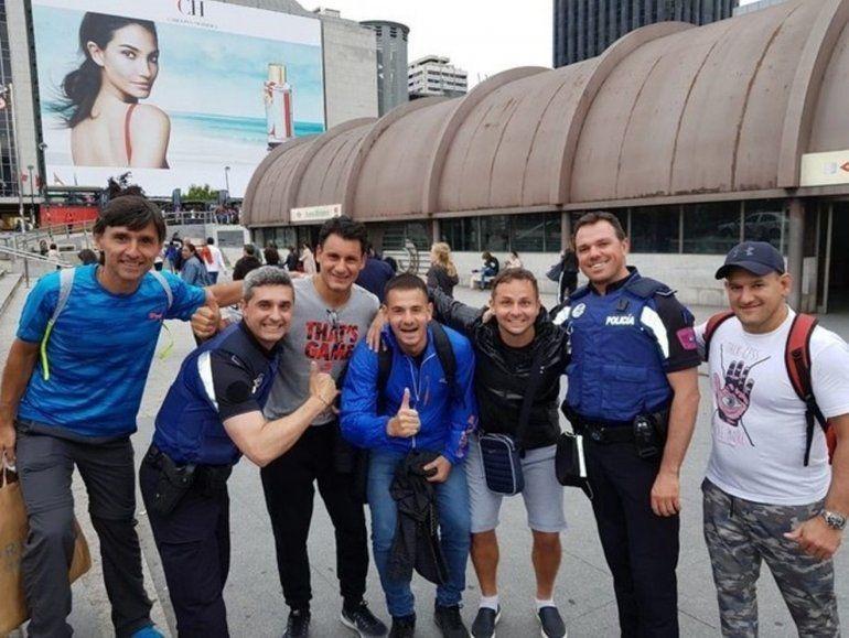 Cinco argentinos perdieron las entradas para los tres partidos de la fase de grupo y se las devolvieron