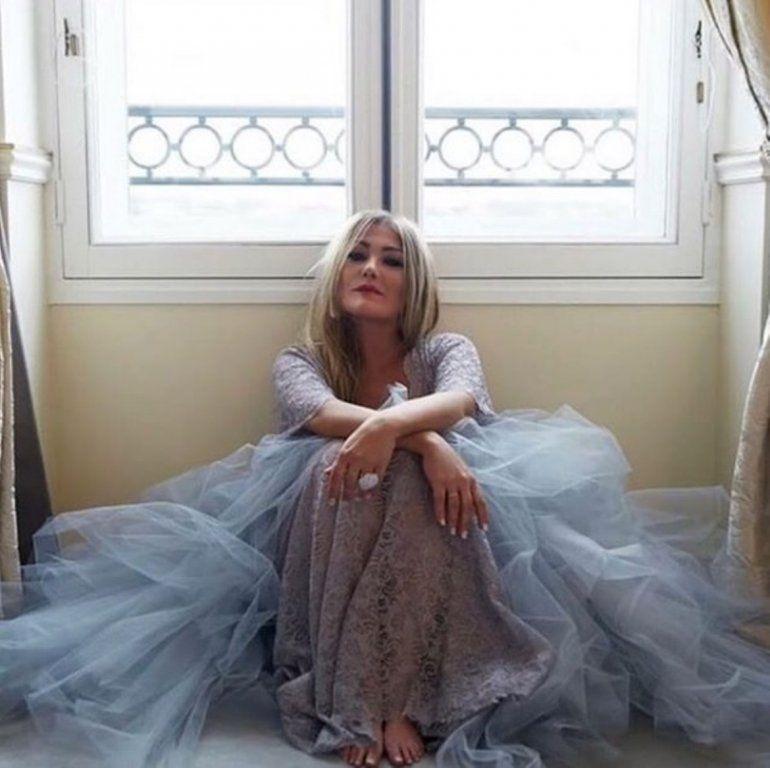 Papelonazo: Amaia Montero cantó borracha en pleno espectáculo
