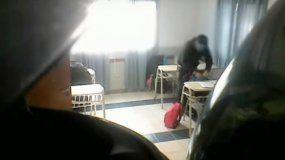 Insólito: profesor esperaba el recreo para robarle a sus alumnos