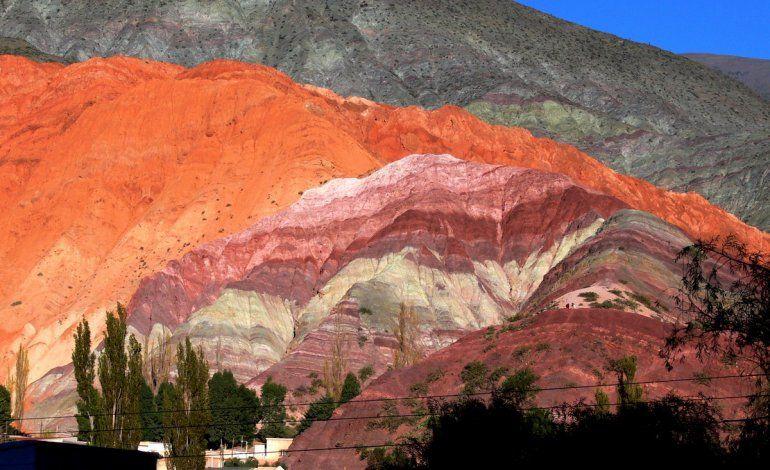 Sigue la polémica en torno a los Cerros de 7 Colores: habló Memo Vilte