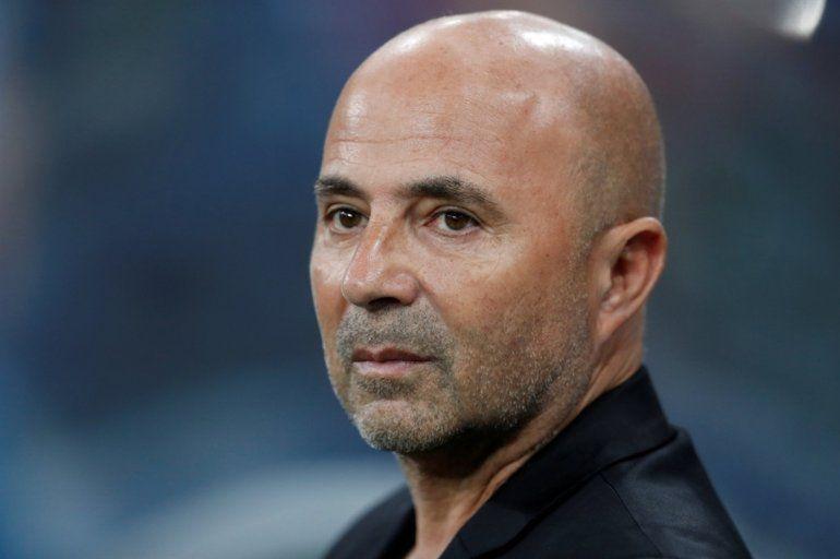 Pese a las tensiones con los jugadores, Sampaoli dirigirá el martes a la selección argentina