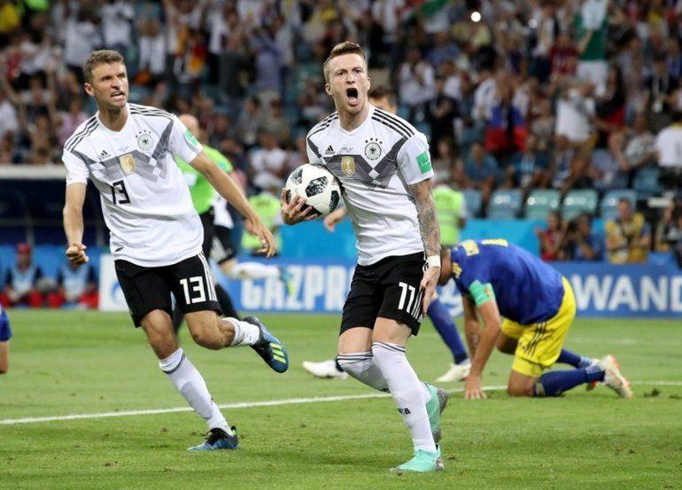 Alemania le ganó a Suecia 2 a 1 en el final del partido y se mantiene más vivo que nunca
