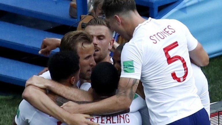 ¡Sin piedad! Inglaterra aplastó 6 a 1 a Panamá y se clasificó a octavos de final