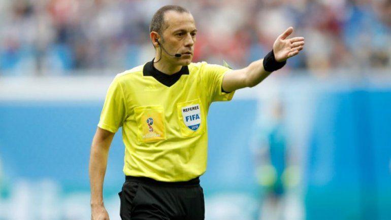 Confirmadísimo: Ya está el árbitro que dirigirá Argentina-Nigeria