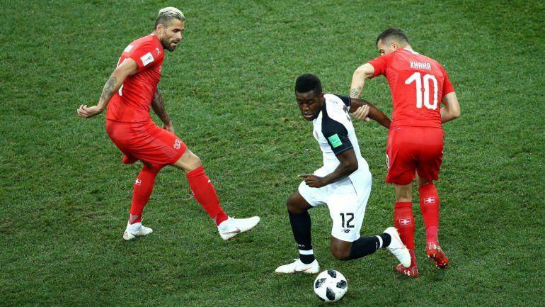 Suiza empató con Costa Rica y le alcanzó para clasificar a octavos