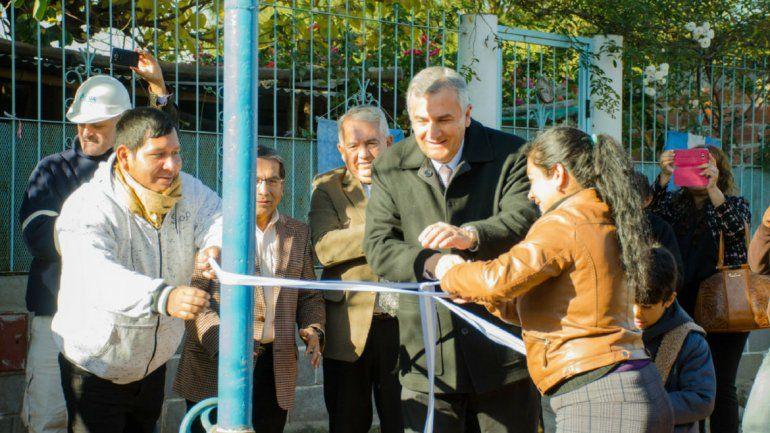 Obras en San Pedro: inauguraron la red de agua potable en Mina Puloy y un taller textil
