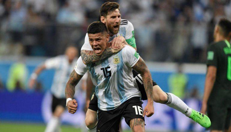 Relator chileno festejaba la eliminación de Argentina hasta que llegó el gol de Rojo