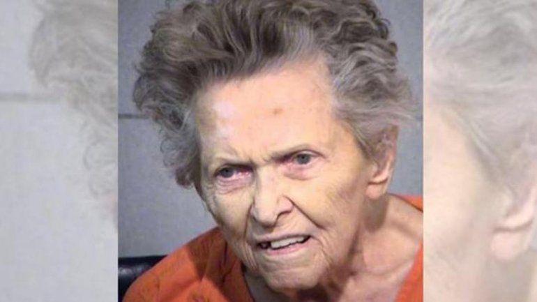 Una mujer de 92 años mató a su hijo porque quería mandarla a un geriátrico