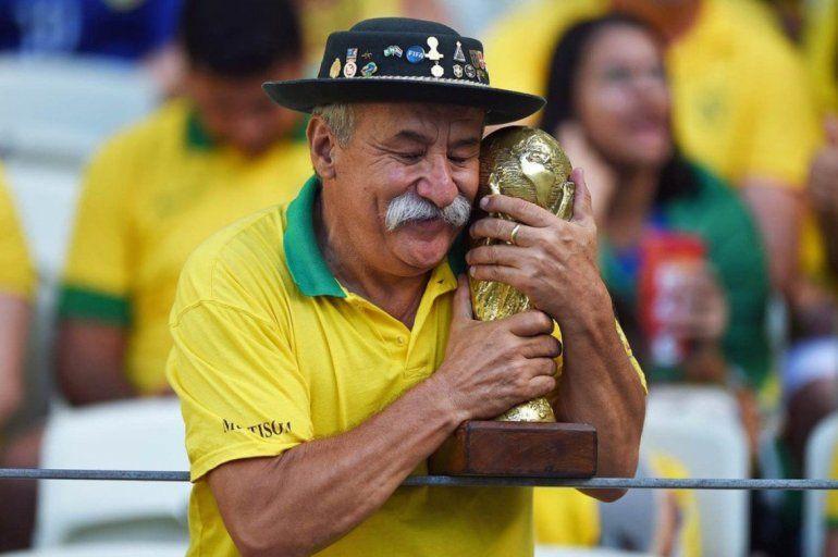 El Gaucho da Copa que acompaña a Brasil en los mundiales, aún después de la muerte