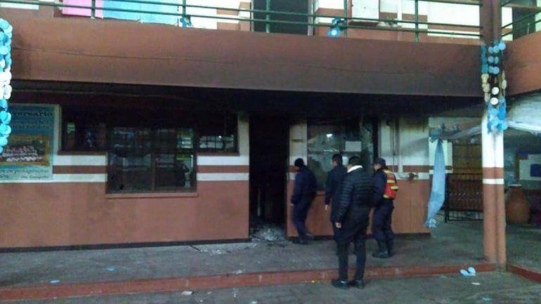 Incendio en la preceptoría de la Escuela José Manuel Estrada: no suspendieron las clases