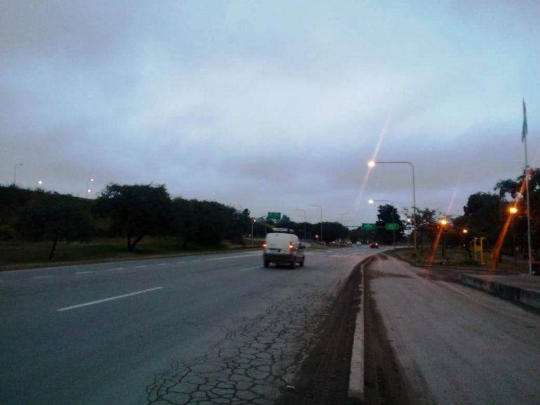 Mejora la visibilidad en las rutas jujeñas, se fue la niebla pero siguen las lloviznas