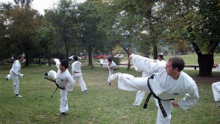 Formas y lucha para el Torneo Interprovincial de Taekwondo