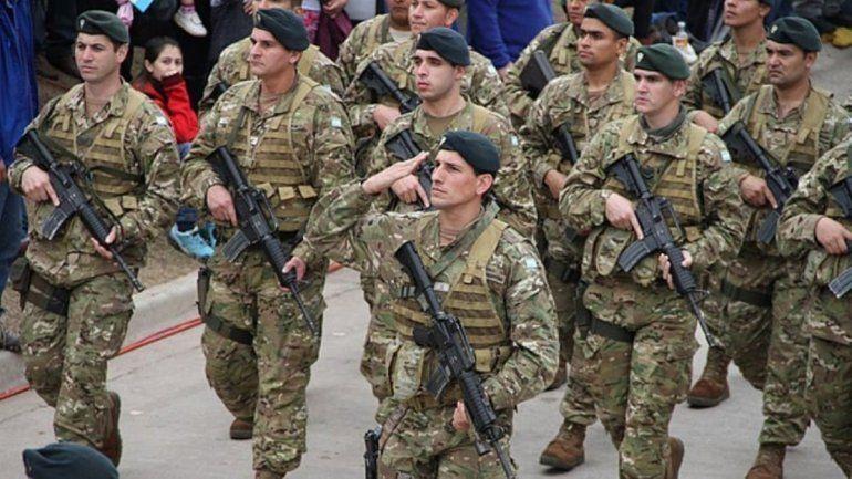 Fuerzas Armadas: aumento del 20% y blanqueo de sumas no remunerativas
