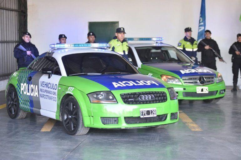 De narcos a policía: ceden a la policía bonaerense autos de lujo secuestrados a bandas narco