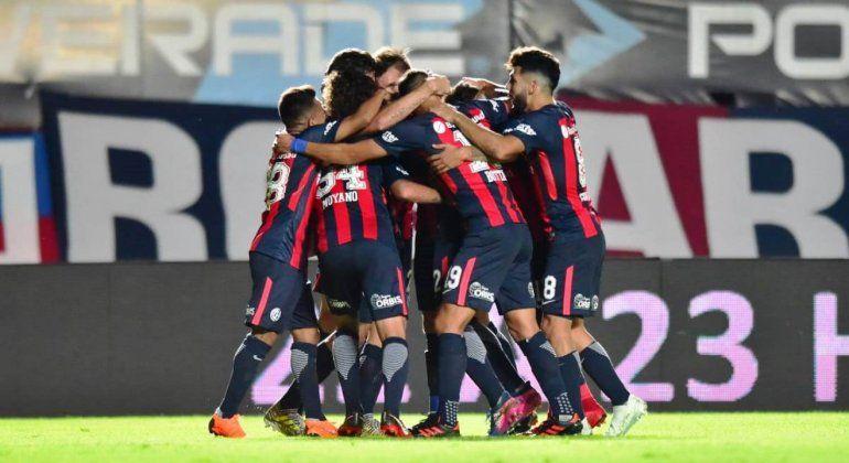 Vuelve el fútbol local: San Lorenzo se enfrenta a Racing de Córdoba por la Copa Argentina