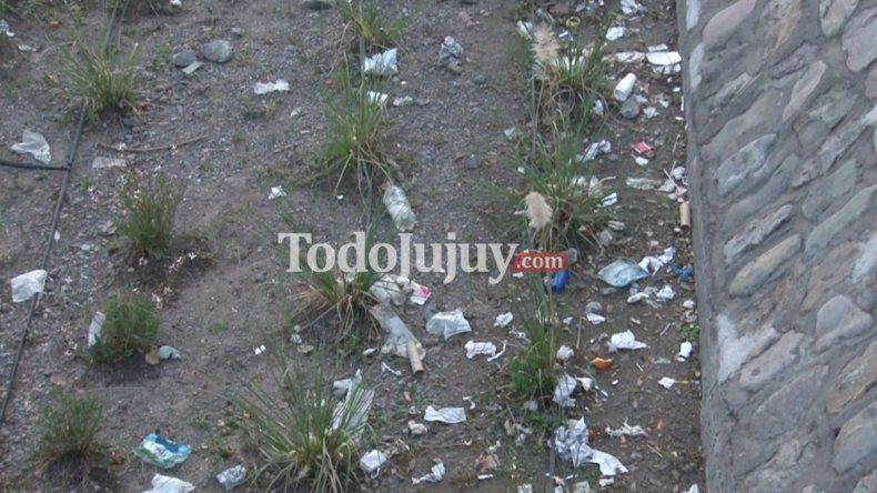 ¡Indignante! Tirar basura al Xibi Xibi