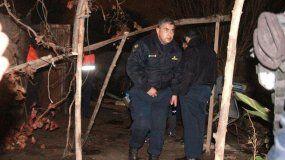 Lo ataron bajo la cama y prendieron fuego la casa: estaba implicado en un homicidio