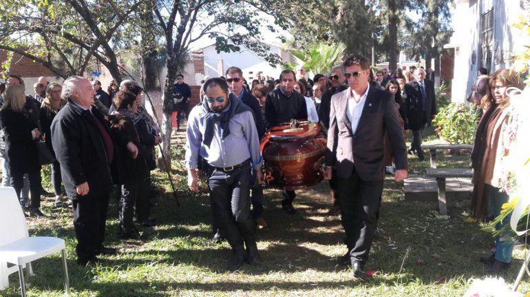 Fueron inhumados los restos del empresario periodístico Annuar Jorge