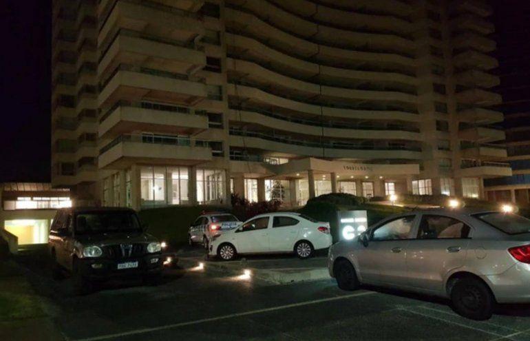 Una mujer y su hija de 4 años murieron luego de caer de un piso 21