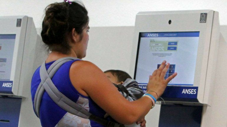 Macri anunció una suba de 46% en la Asignación Universal por Hijo desde este mes