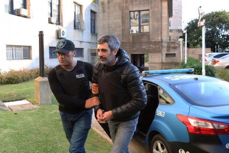 Bonadio ordenó la detención de ex funcionarios y empresarios por otro caso de bolsos de plata