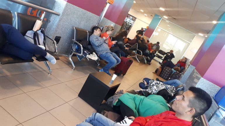Qué derechos tiene un pasajero y cómo denunciar si tiene problemas con un vuelo