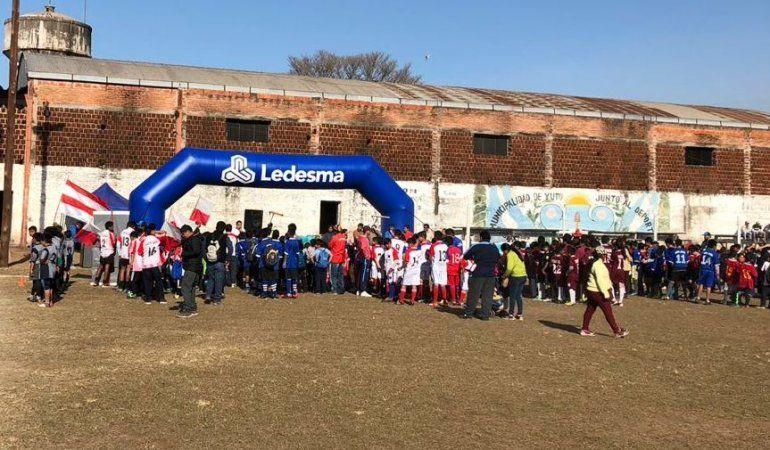 El campeonato de fútbol infantil de Ledesmasigue sumando alegrías