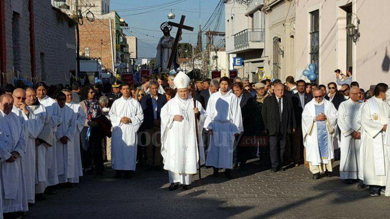 Santísimo Salvador: los fieles jujeños honran a su patrono con una procesión y una misa