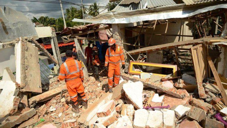 En Indonesia ya son 131 los muertos por el terremoto