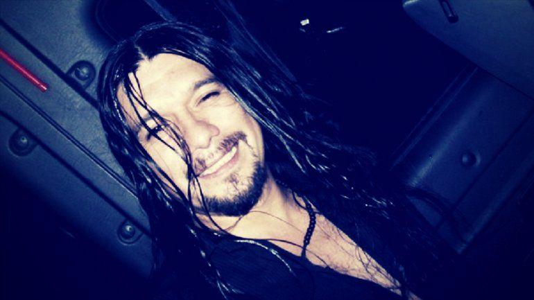 El adiós al cantante de Montecristo: lo despidieron con música