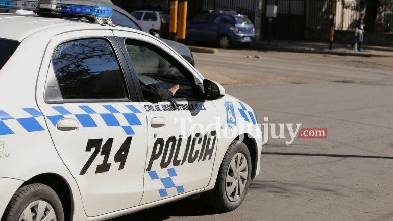Buscan camioneta que ocasionó un choque en Perico y mató a tres personas