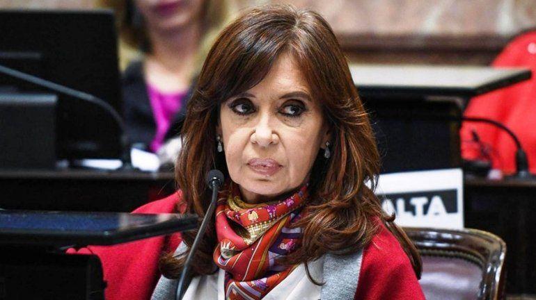 Claudio Bonadio citó nuevamente a CFK y a otros 100 empresarios a indagatoria