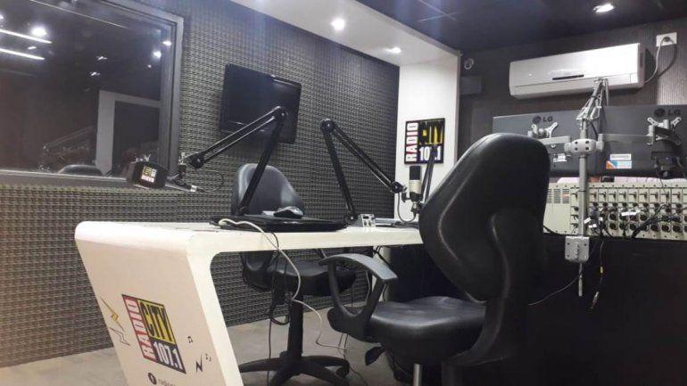 A 98 años de Los locos de la Azotea, hoy se celebra el Día de la Radio