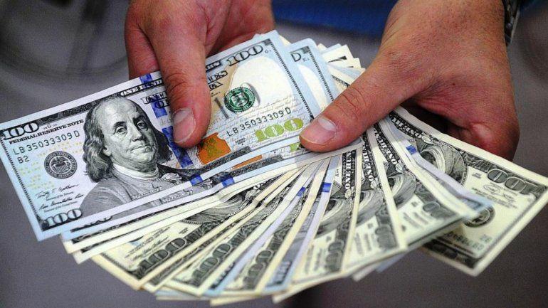 En el cierre del mercado, el Central vende US$ 330 millones y el dólar cotiza a $40