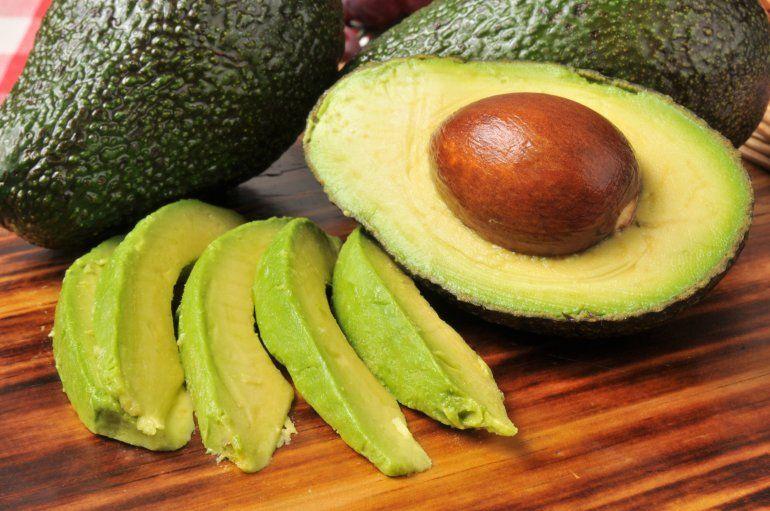 Aceite de oliva, palta y avena aliados contra el colesterol alto