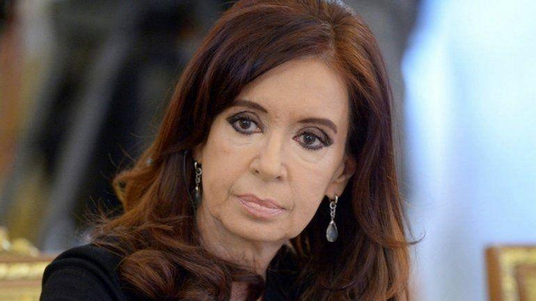 Confirman la falta de mérito de Cristina Kirchner en la causa Ruta del dinero K