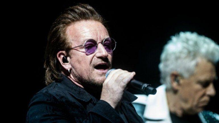 Bono se quedó sin voz en un recital de U2 y pidió disculpas a los fans
