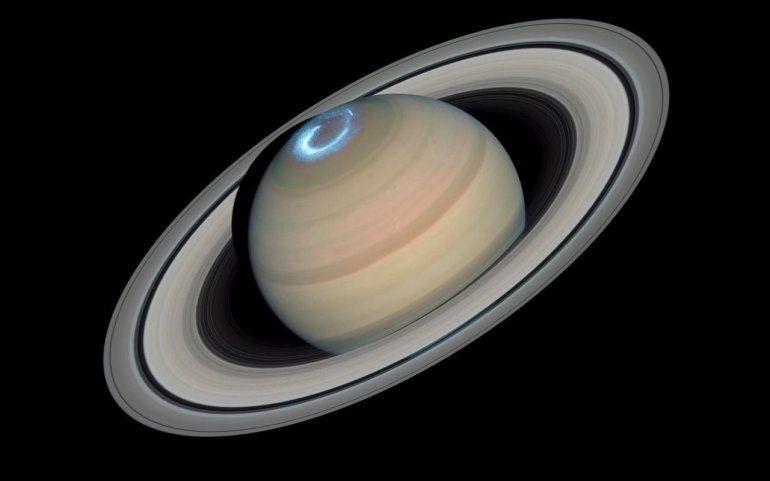 Espectacular: las mejores imágenes de las auroras de Saturno captadas hasta el momento