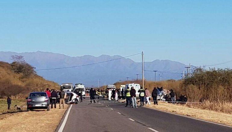 Tragedia en Salta: 8 muertos y 2 heridos de gravedad en un choque sobre Ruta Nacional 16
