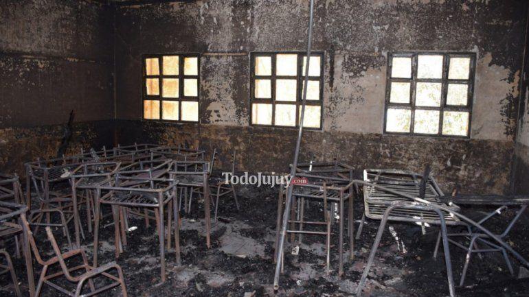 Incendio en el Bachillerato 24 de Lozano: Millonarios daños materiales