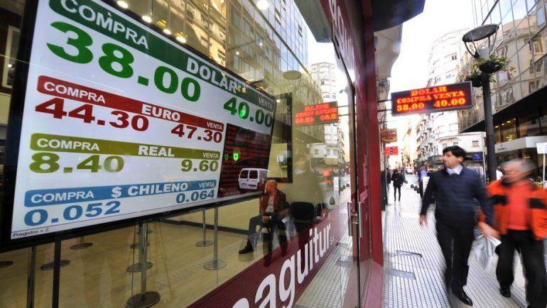 Intervino el Banco Central, el dólar bajó 50 centavos y cerró a $39,25