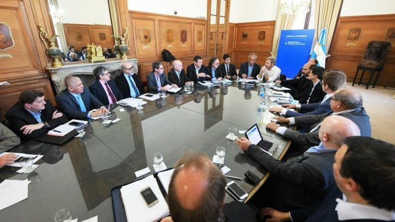 Frigerio se reunió con ministros de economía para avanzar en el Presupuesto 2019