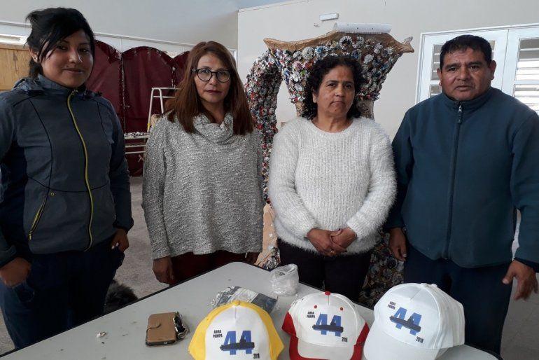 Abra Pampa: honrarán al ARA San Juan en su carruaje y los visitó la mamá de un tripulante