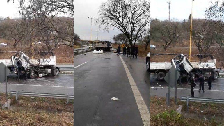 Accidente fatal en el ingreso a Ciudad de Nieva: murió una persona y dos resultaron heridas