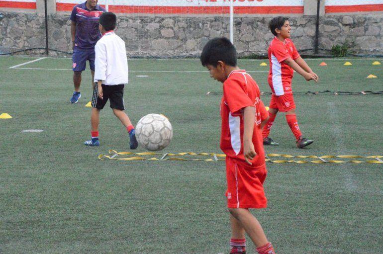 Gorriti: presentaron el primer torneo de Baby Fútbol